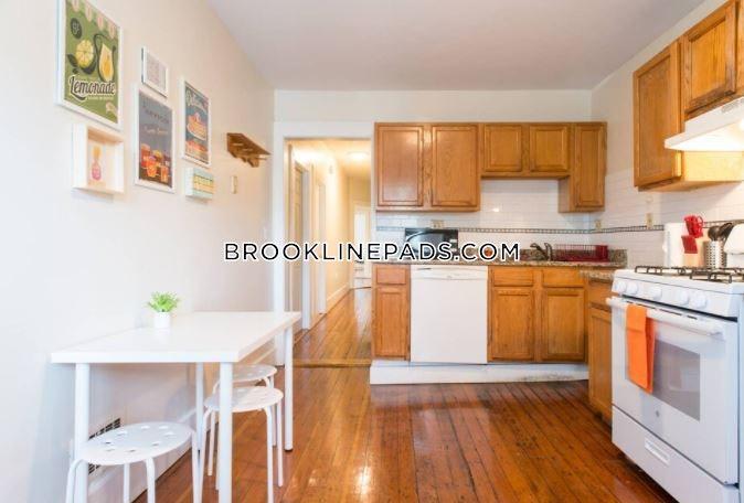 Brook St. Brookline