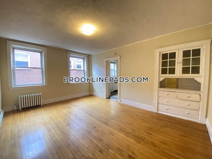 brookline-apartment-for-rent-4-bedrooms-1-bath-brookline-village-3525-3818553