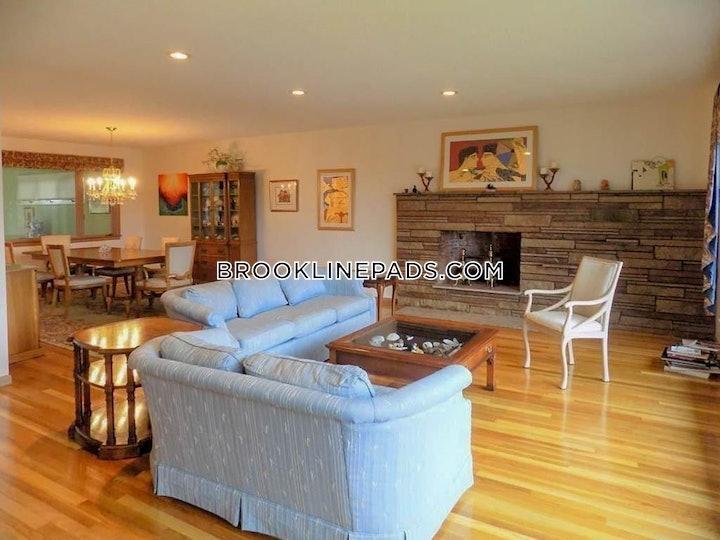 brookline-apartment-for-rent-4-bedrooms-25-baths-chestnut-hill-4950-592757