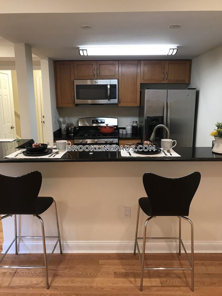 brookline-apartment-for-rent-3-bedrooms-25-baths-chestnut-hill-5095-525414