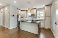 amazing-renovated-2-bed-2-bath-unit-in-a-prime-brookline-location-brookline-chestnut-hill-3600-465478