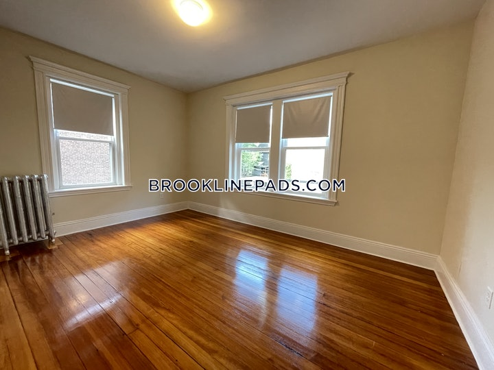 brookline-apartment-for-rent-2-bedrooms-1-bath-cleveland-circle-2425-3784792