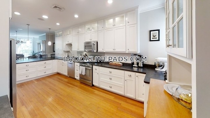 brookline-apartment-for-rent-4-bedrooms-2-baths-cleveland-circle-5000-3818188