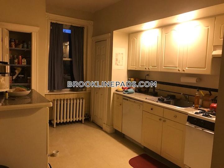 brookline-apartment-for-rent-2-bedrooms-1-bath-coolidge-corner-2700-53800