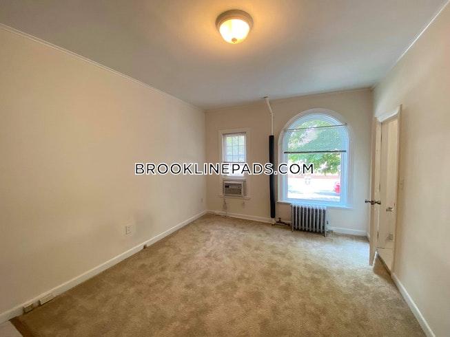 Brookline - $1,685 /mo