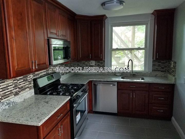 brookline-apartment-for-rent-3-bedrooms-1-bath-coolidge-corner-3000-489658