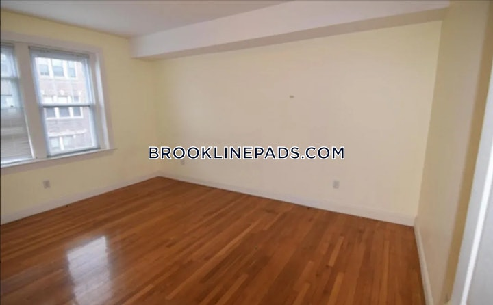 brookline-apartment-for-rent-4-bedrooms-3-baths-coolidge-corner-5000-526374