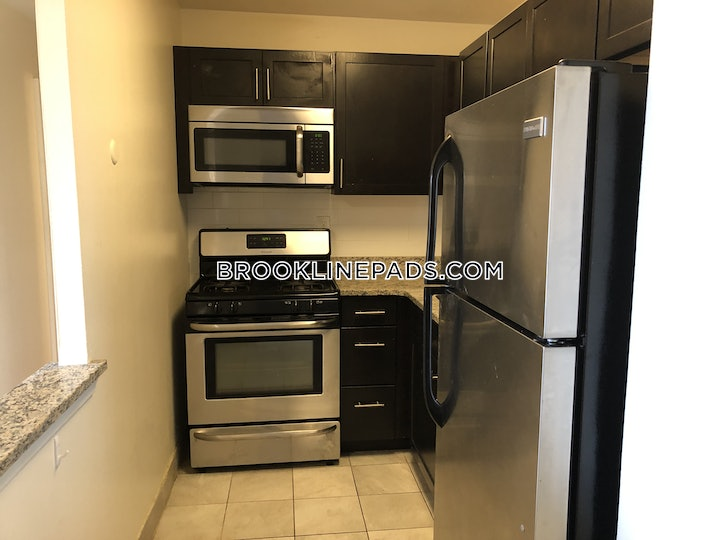 brookline-1-bed-1-bath-brookline-boston-university-2375-boston-university-2375-621881