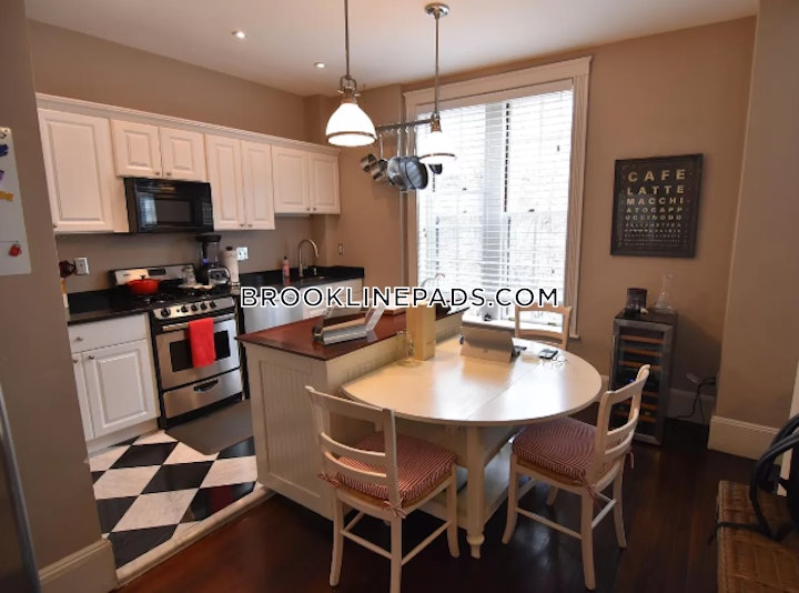 brookline-wonderful-2-beds-2-baths-coolidge-corner-4000-530278