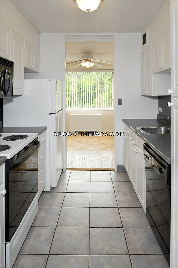 brookline-apartment-for-rent-1-bedroom-1-bath-washington-square-2700-566127
