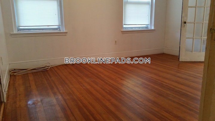 brookline-apartment-for-rent-3-bedrooms-2-baths-washington-square-2400-596608