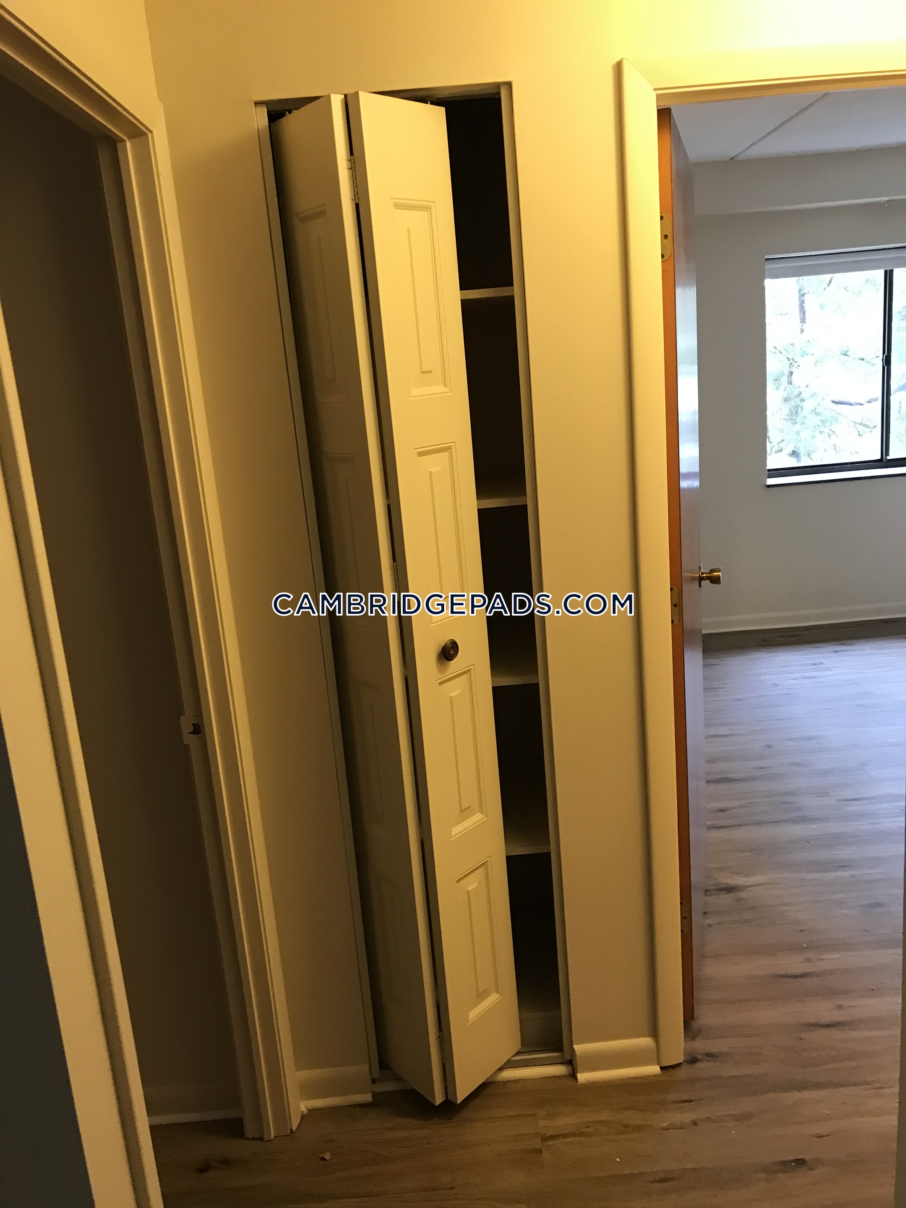 Cambridge - $2,495