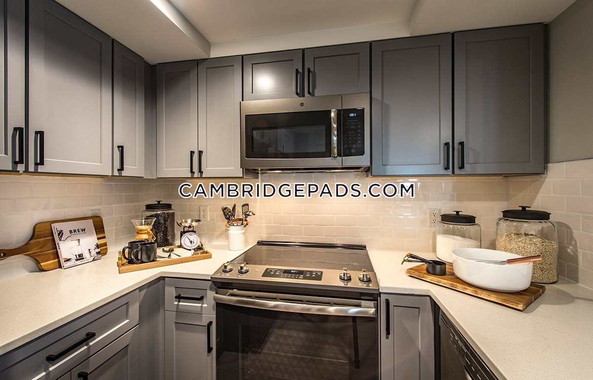 Cambridge - $4,914