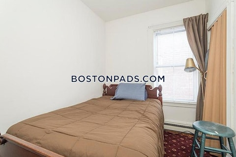 CAMBRIDGE - CENTRAL SQUARE/CAMBRIDGEPORT - $2,550
