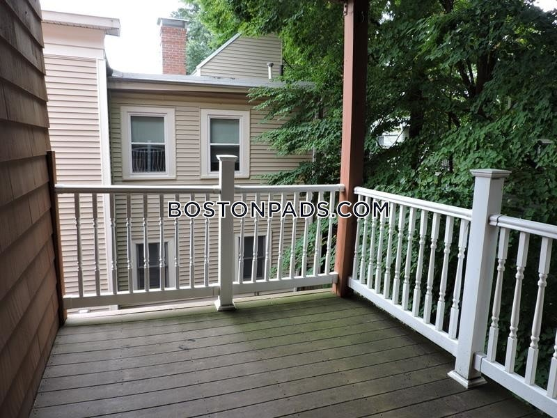 CAMBRIDGE - CENTRAL SQUARE/CAMBRIDGEPORT - $3,125