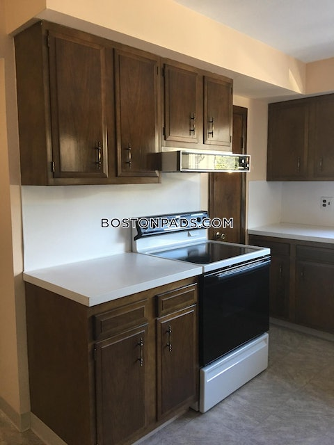 CAMBRIDGE - CENTRAL SQUARE/CAMBRIDGEPORT - $4,500