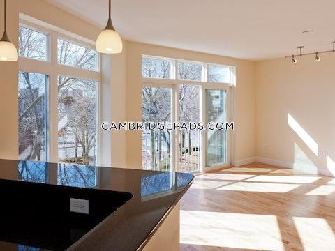 Cambridge - $2,800
