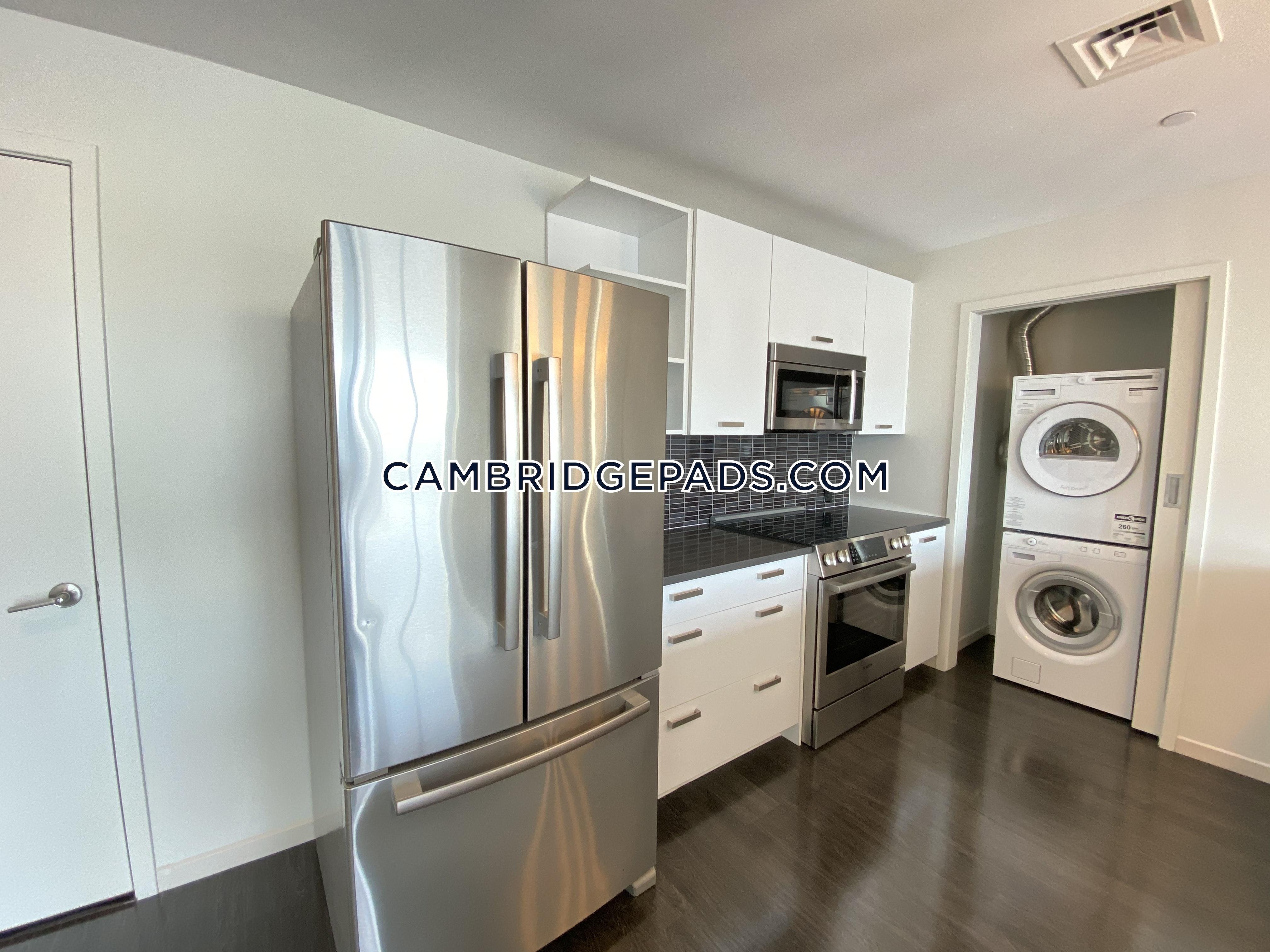 Cambridge - $3,252