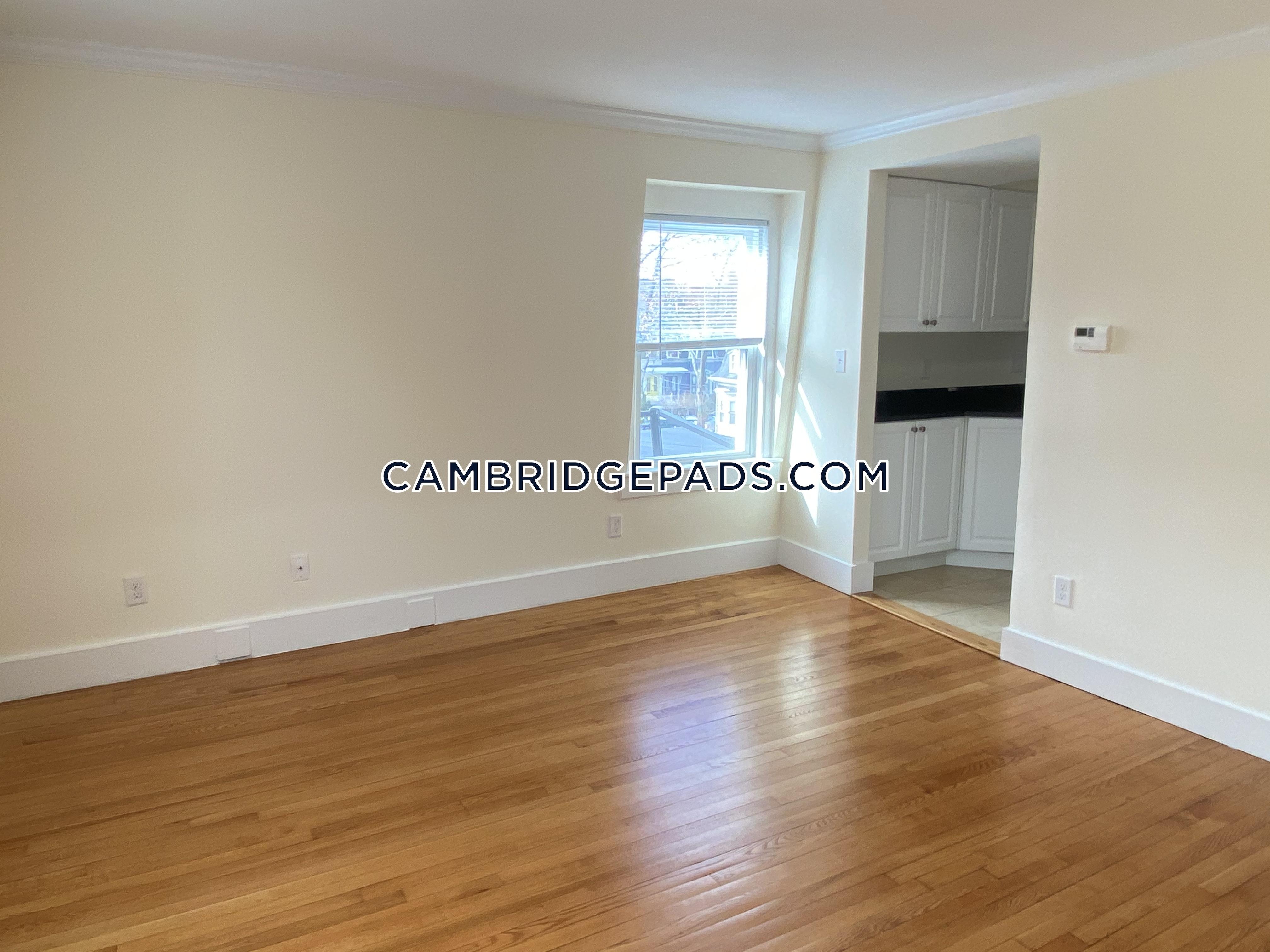 Cambridge - $2,540