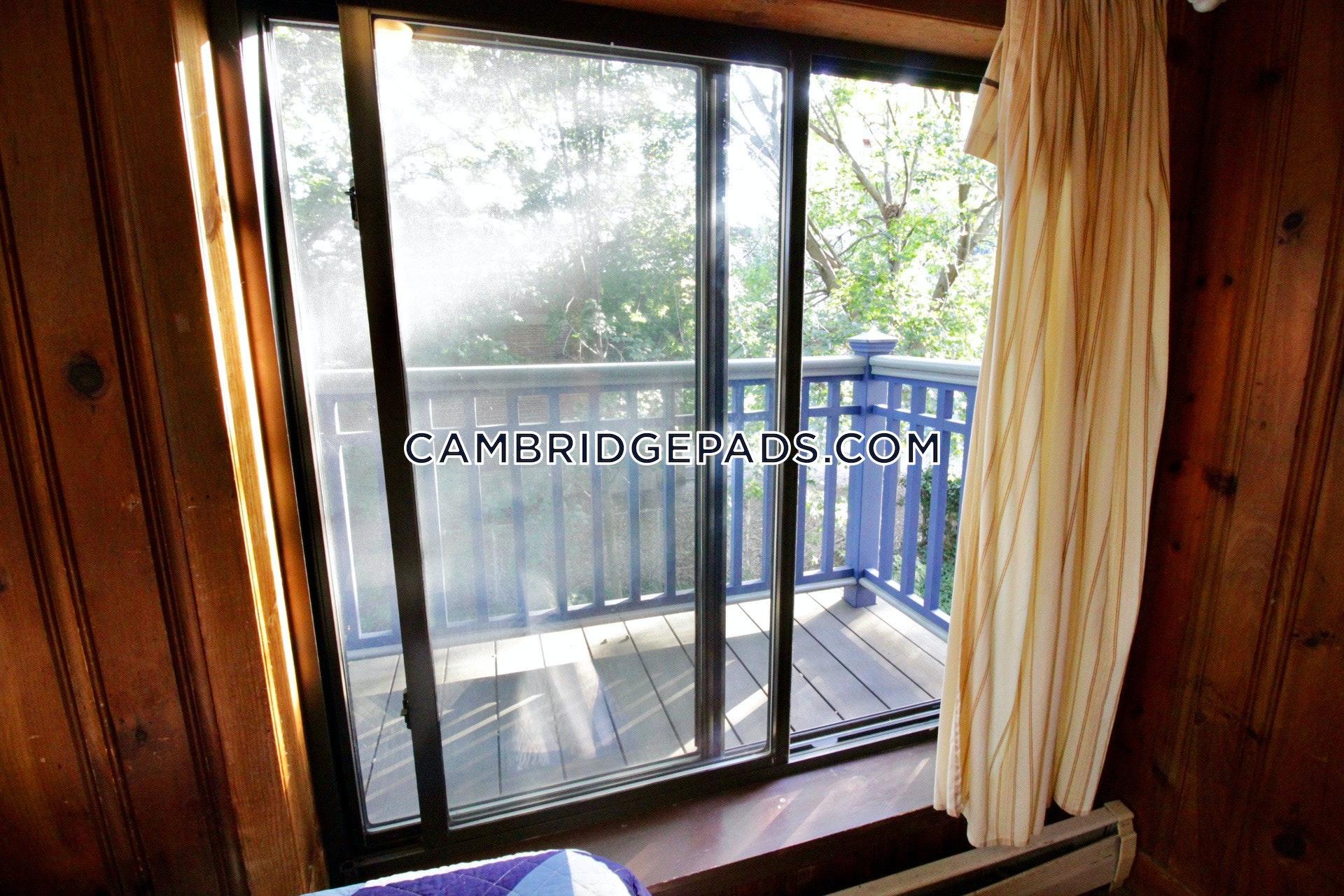 CAMBRIDGE - HARVARD SQUARE - $4,500