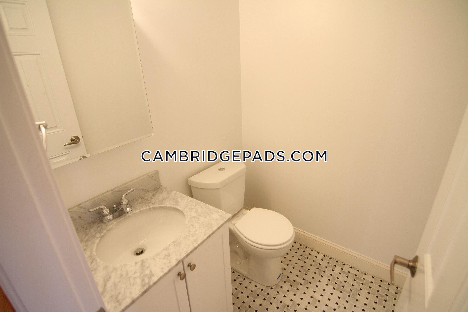 Cambridge - $2,520