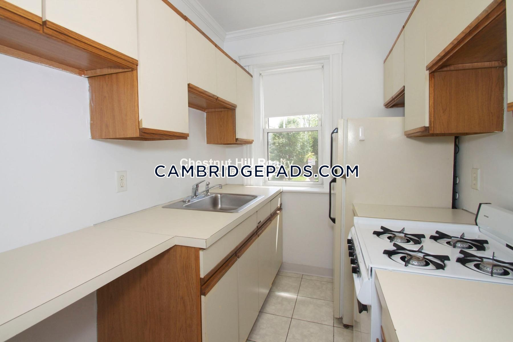 CAMBRIDGE - HARVARD SQUARE - $2,640