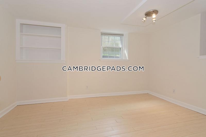 Cambridge - $2,300