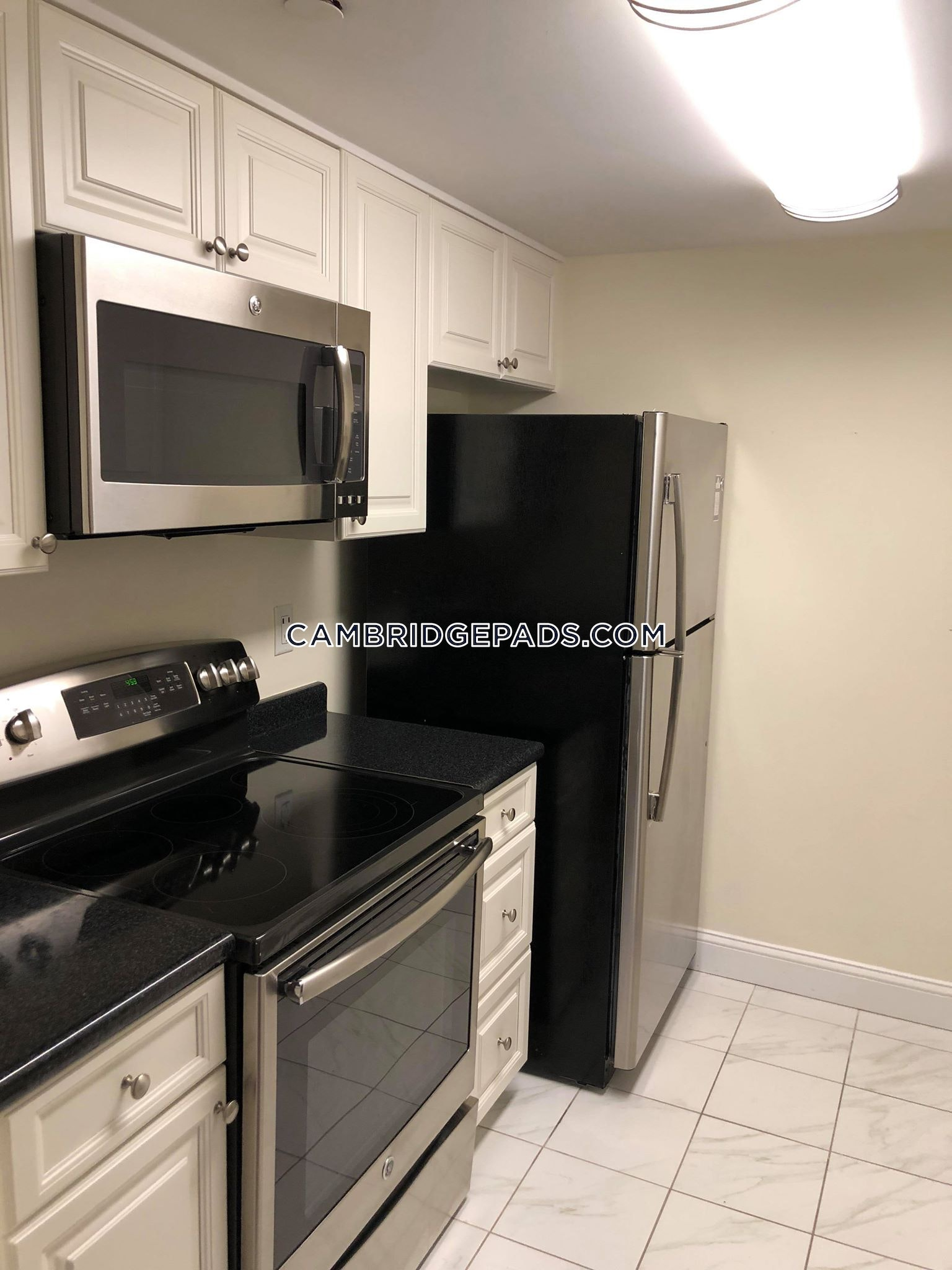 CAMBRIDGE - HARVARD SQUARE - $3,665