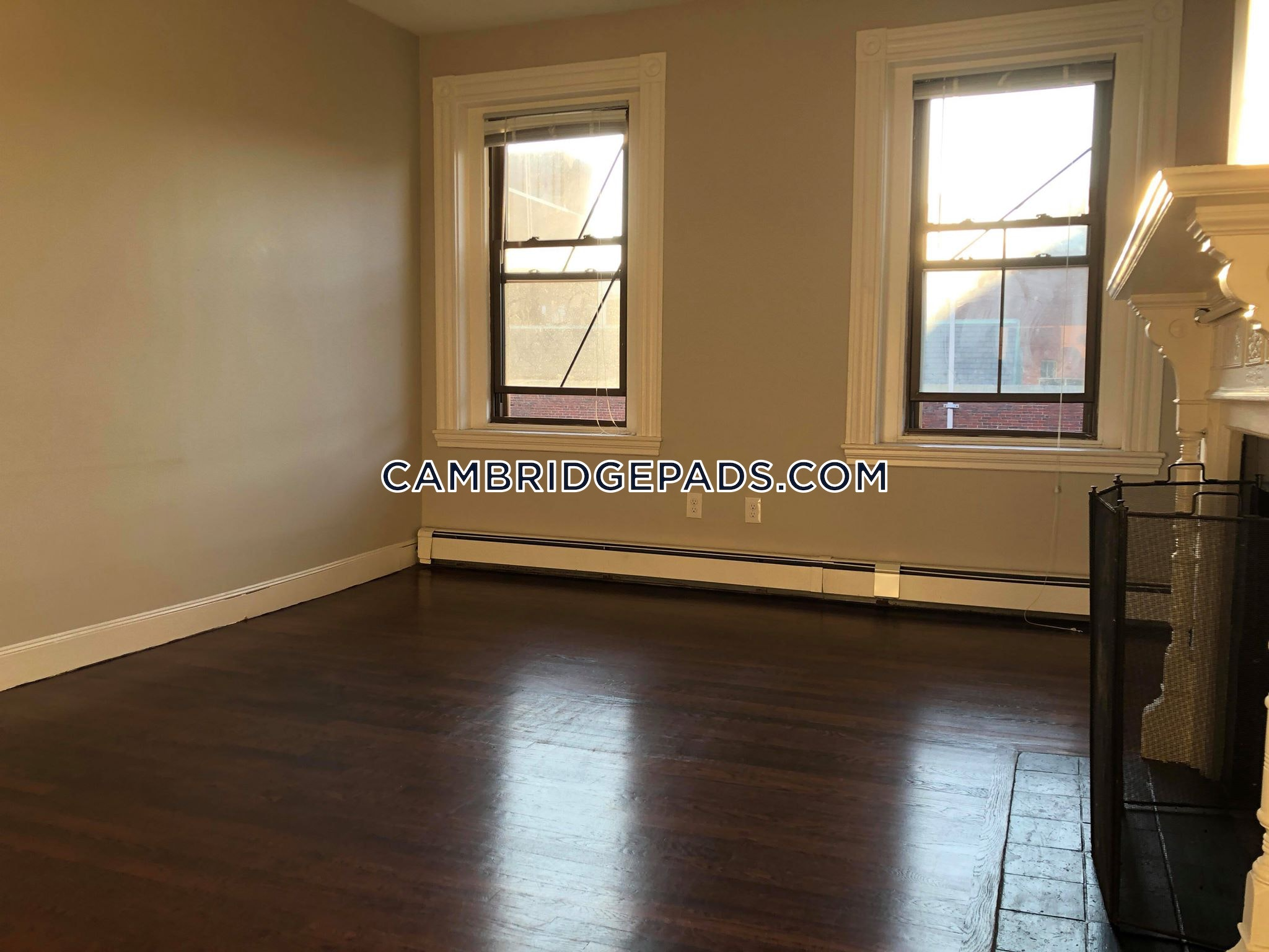 CAMBRIDGE - HARVARD SQUARE - $3,195