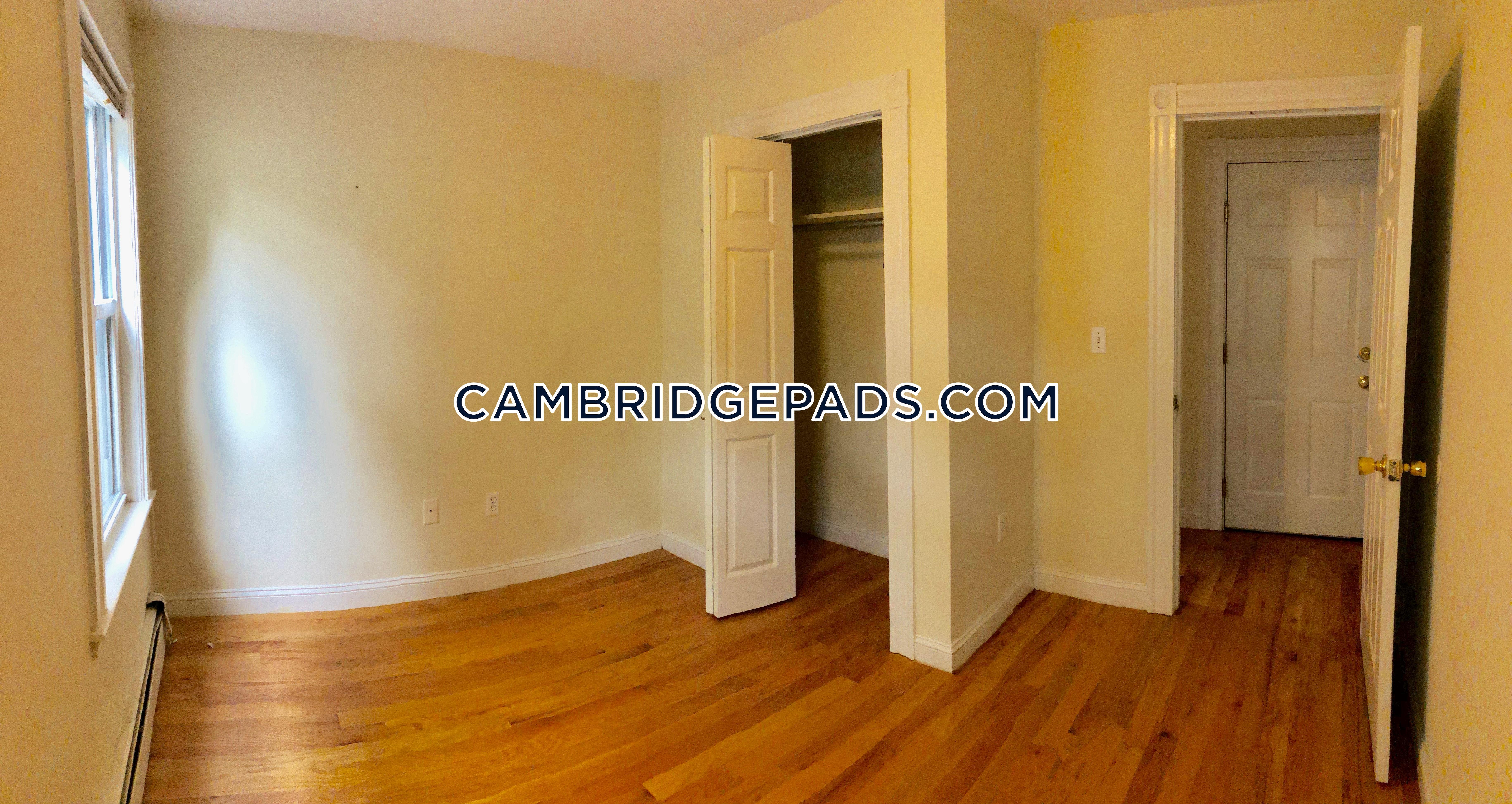 CAMBRIDGE - HARVARD SQUARE - $2,950