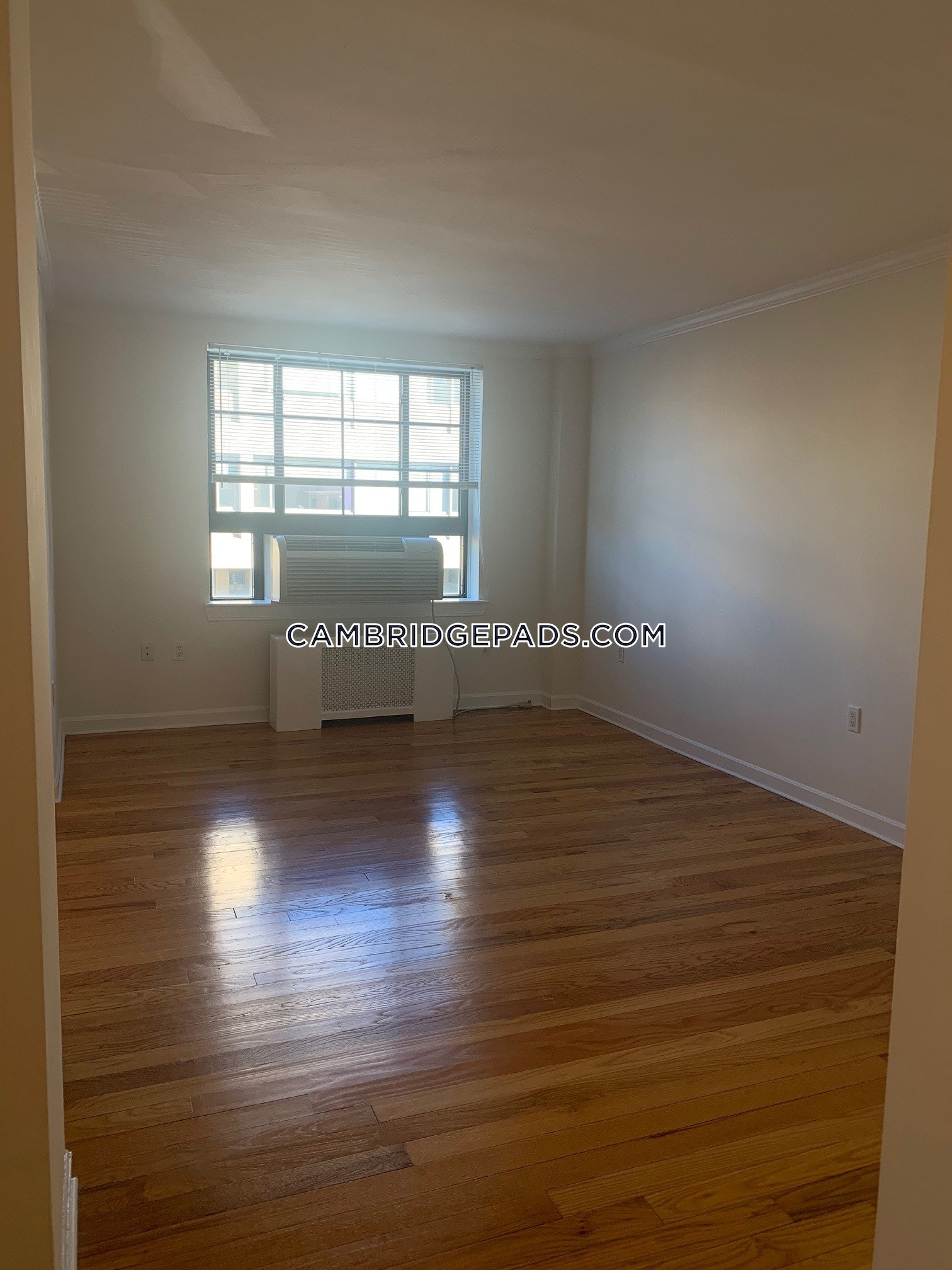 CAMBRIDGE - HARVARD SQUARE - $2,815