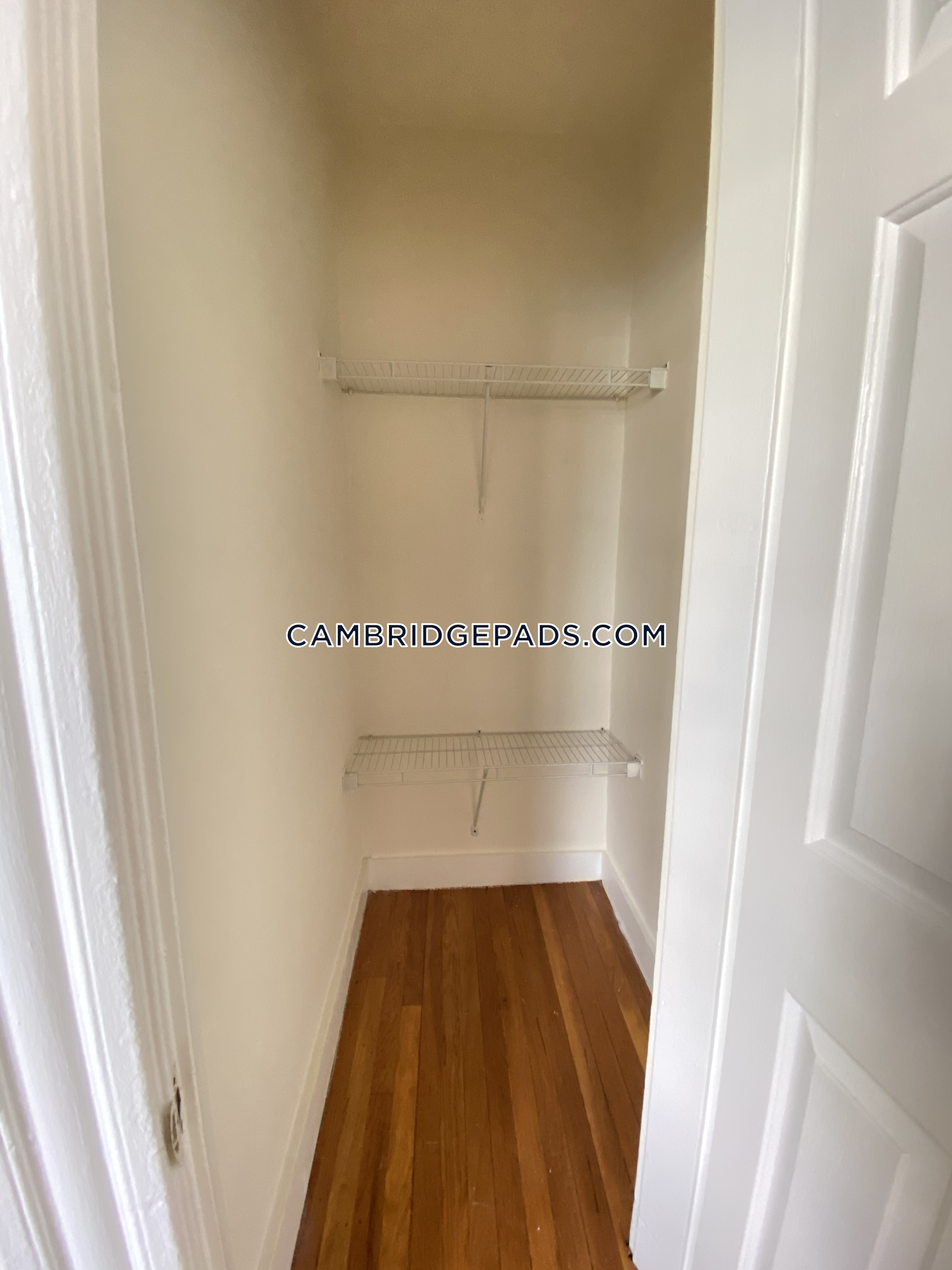 Cambridge - $2,820