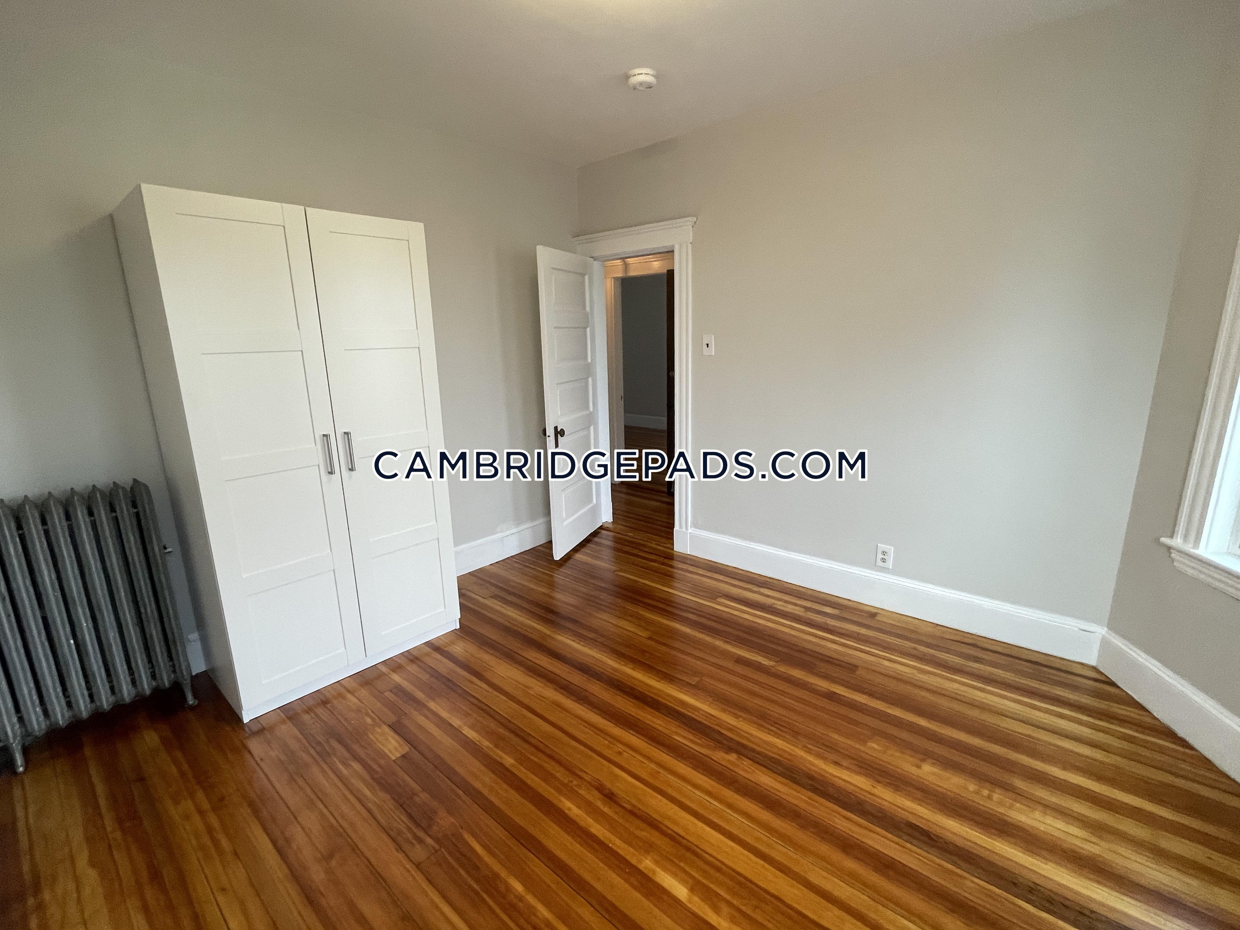 Cambridge - $4,750