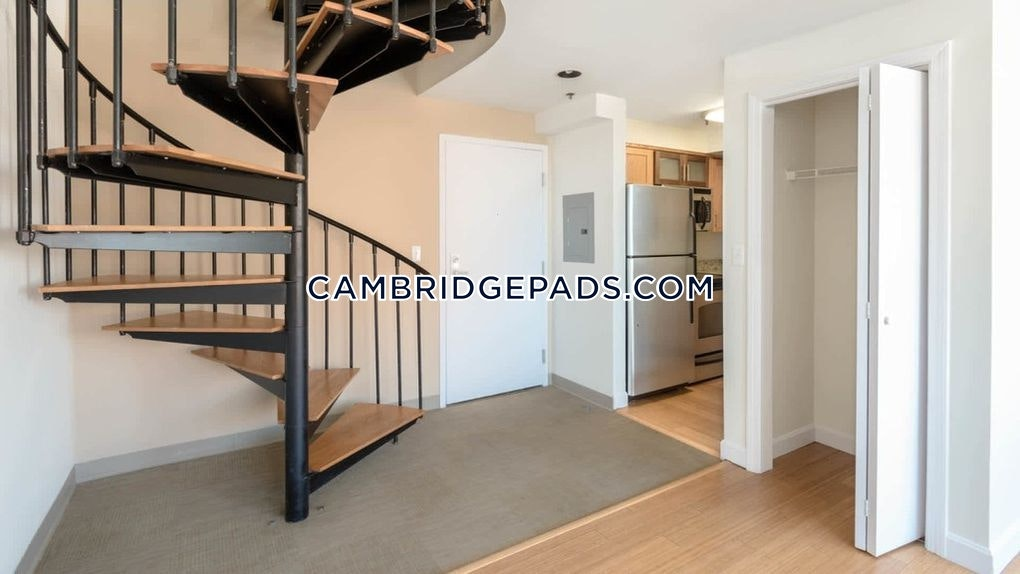 Cambridge - $2,481