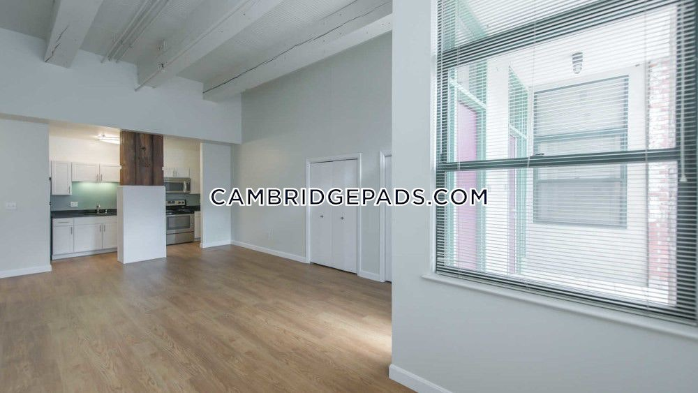CAMBRIDGE - KENDALL SQUARE - $2,755