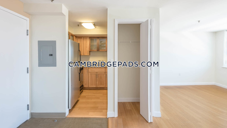 Cambridge - $3,765