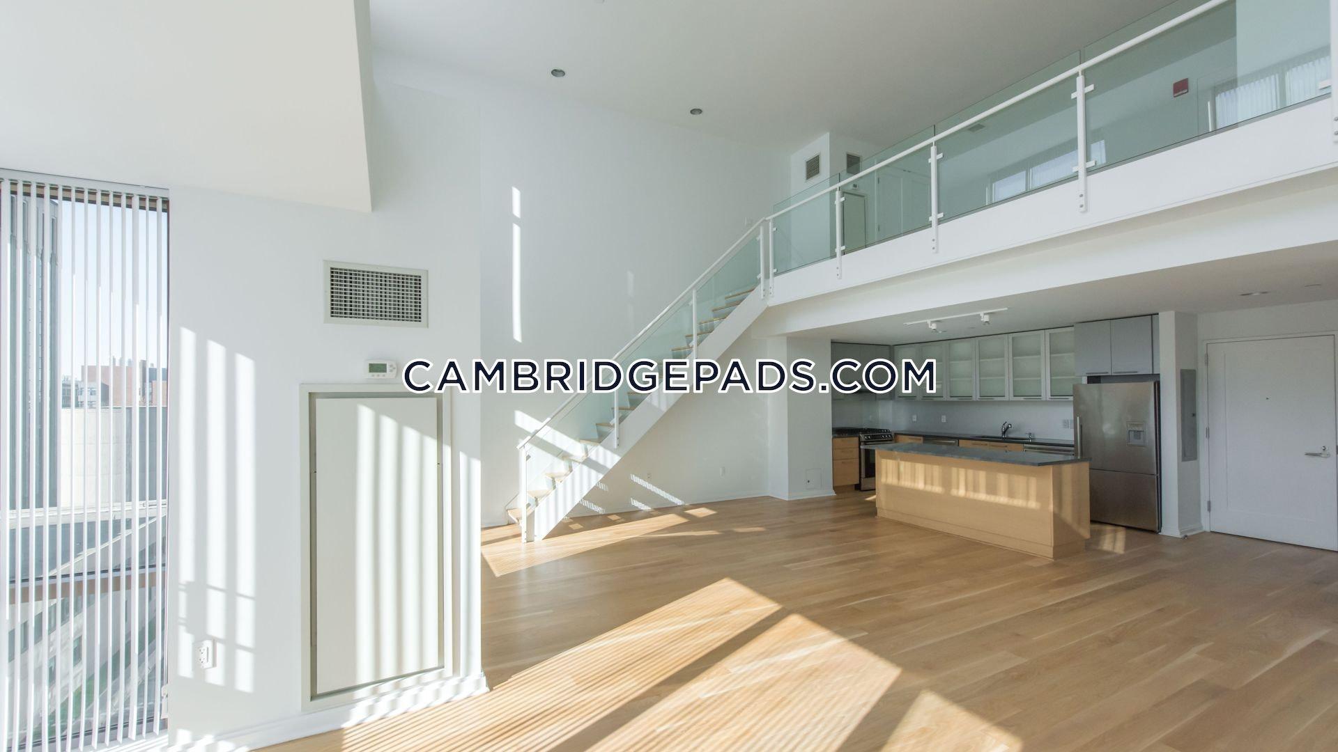 Cambridge - $3,133
