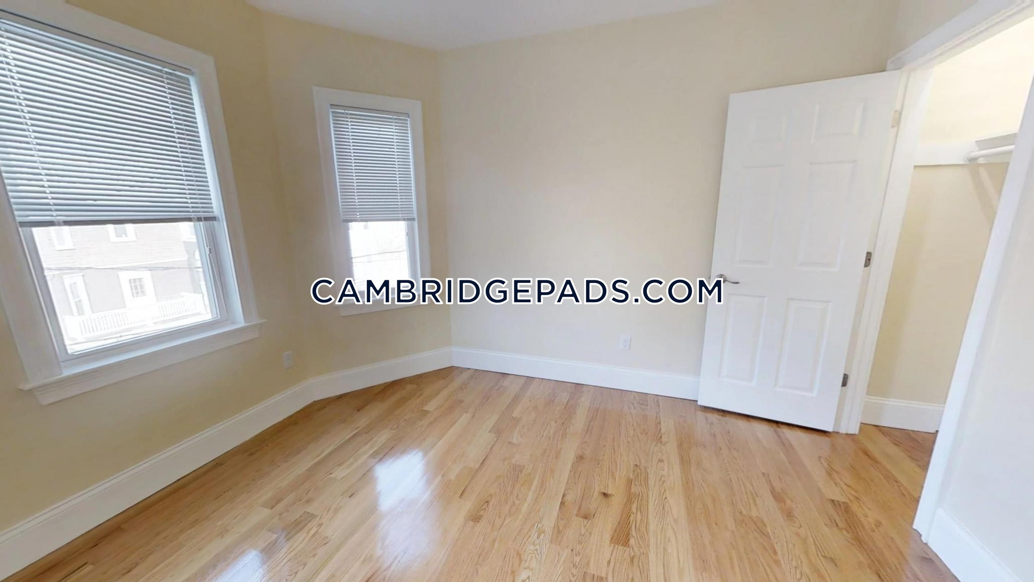 Cambridge - $4,600