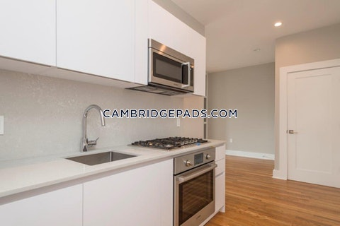 Cambridge - $2,750