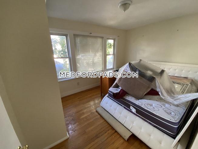 Medford - $2,850 /mo