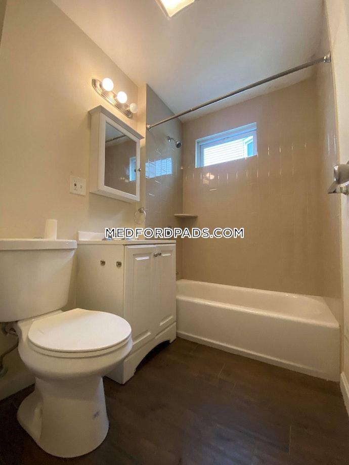 Medford - 4 Beds, 1 Baths