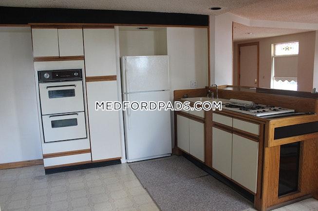 MEDFORD - TUFTS - $3,200 /mo