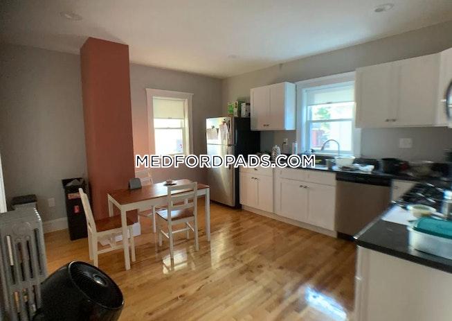 Medford - $4,300 /mo