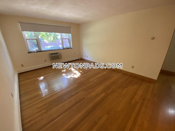 newton-amazing-1-bed-1-bath-located-on-grove-street-available-now-auburndale-1775-3767592