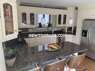 Newton, Massachusetts Apartment for Rent - $3,200/mo