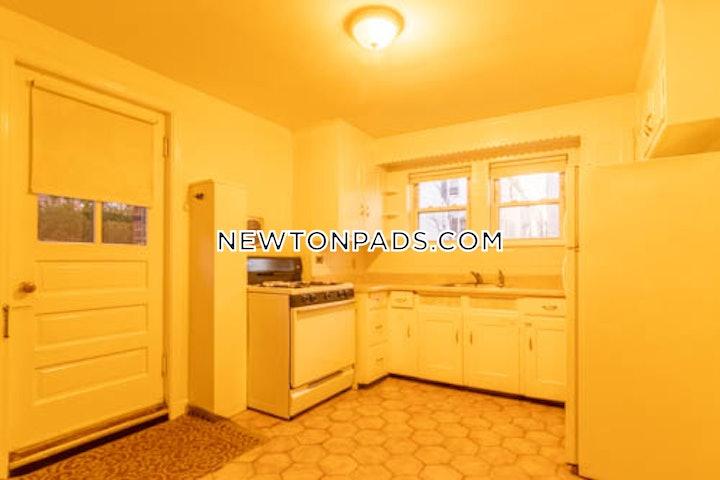 newton-spacious-15-bed-1-bath-newtonville-2400-3702086