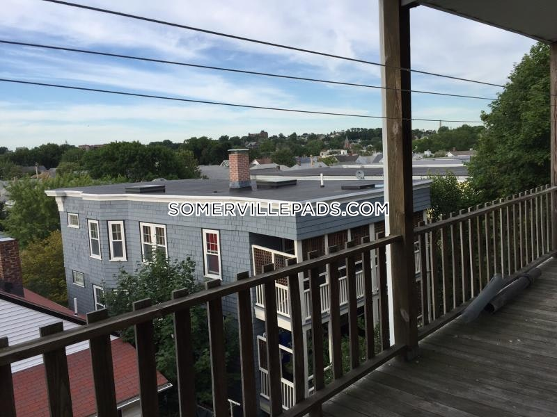 4-beds-1-bath-somerville-dali-inman-squares-4175-438889