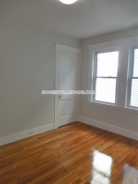 3-beds-1-bath-somerville-east-somerville-2700-438016