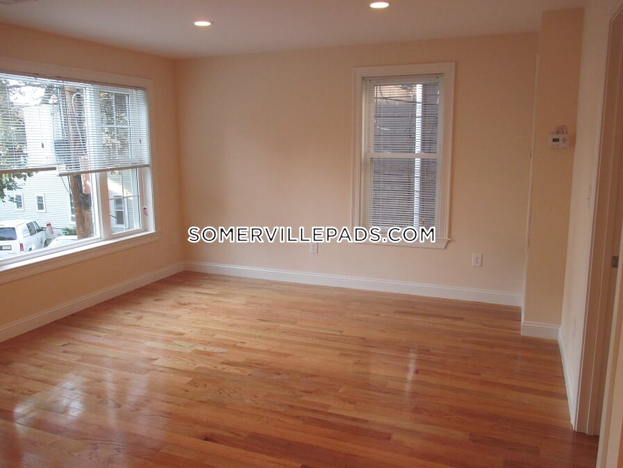 4-beds-2-baths-somerville-east-somerville-3850-453583