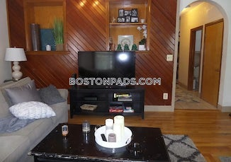 somerville-apartment-for-rent-3-bedrooms-1-bath-magounball-square-2900-585827